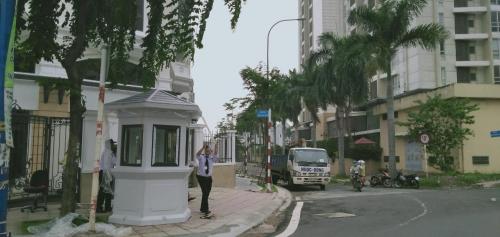 Lắp chốt bảo vệ tại khu đô thị mới